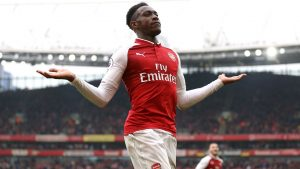 Arsenal's Danny Welbeck training at left-back amid injury crisis