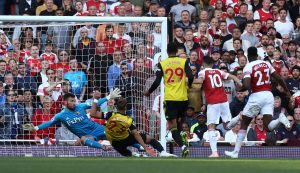 Cech out for up to a month, Leno set for chance at Arsenal