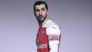 Double fitness boost for Arsenal as Mkhitaryan & Mustafi return to full training