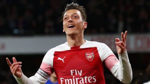 Ozil quotes Arsenal icon Bergkamp in cryptic future hint