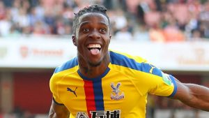 Arsenal bid for Zaha nowhere near enough – Hodgson