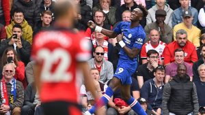 AT HALF: Chelsea, Arsenal lead; Wolves holding Man City