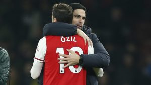 Ozil's agent slams Arteta: 'Arsenal fans deserve an honest explanation'